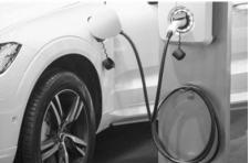 """安全性是先进性的前提 新能源汽车电池升级""""在路上"""""""