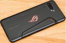 华硕Rog Phone 3游戏智能手机将于7月22日发布