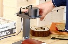 LaserPeckerPro便携式激光雕刻机起价289美元