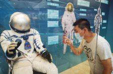 神舟四号返回舱亮相广东科学中心!9月17日正式展出